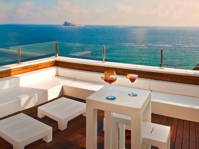 Chillout en la terraza hotel villa venecia boutique gourmet benidorm