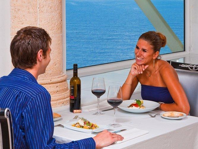 Restaurante 'llum de mar' hotel villa venecia boutique gourmet benidorm